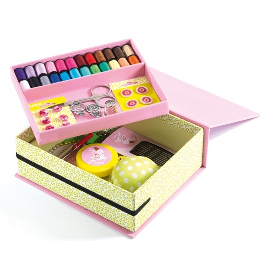Djeco - My Sewing Box