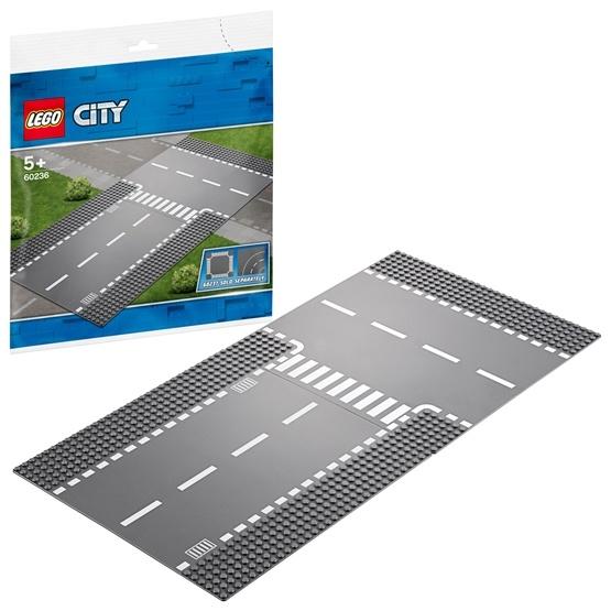 LEGO City 60236, Rak väg och T-korsning