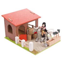 Le Toy Van, Bondgårdset Stall & Häst