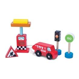 Le Toy Van, Bil och Bränslepump