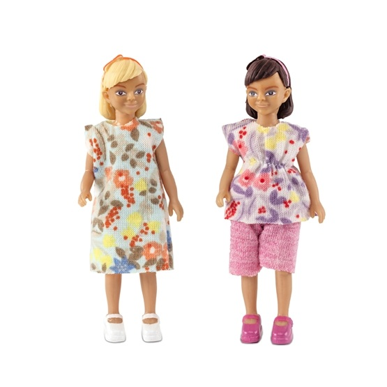 Lundby, Två flickor