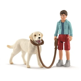 Schleich, Farm World - Walking With Labrador Retriever