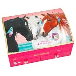 Miss Melody, Smyckeskrin tre hästar