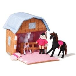 Oskar & Ellen - Stall Med Hästar