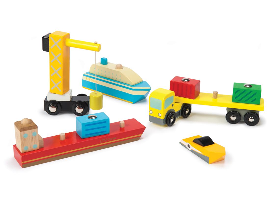 Vägglampor Båt : Le toy van bil amp båt hamnset litenleker