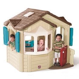 Step2 - Naturally Playful Welcome Home Playhouse