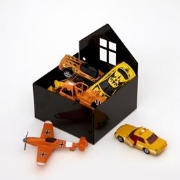 Roommate - House Box Black