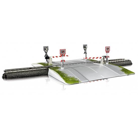 Marklin - Automatic Level Crossing H0 31.5 X 18.5 Cm